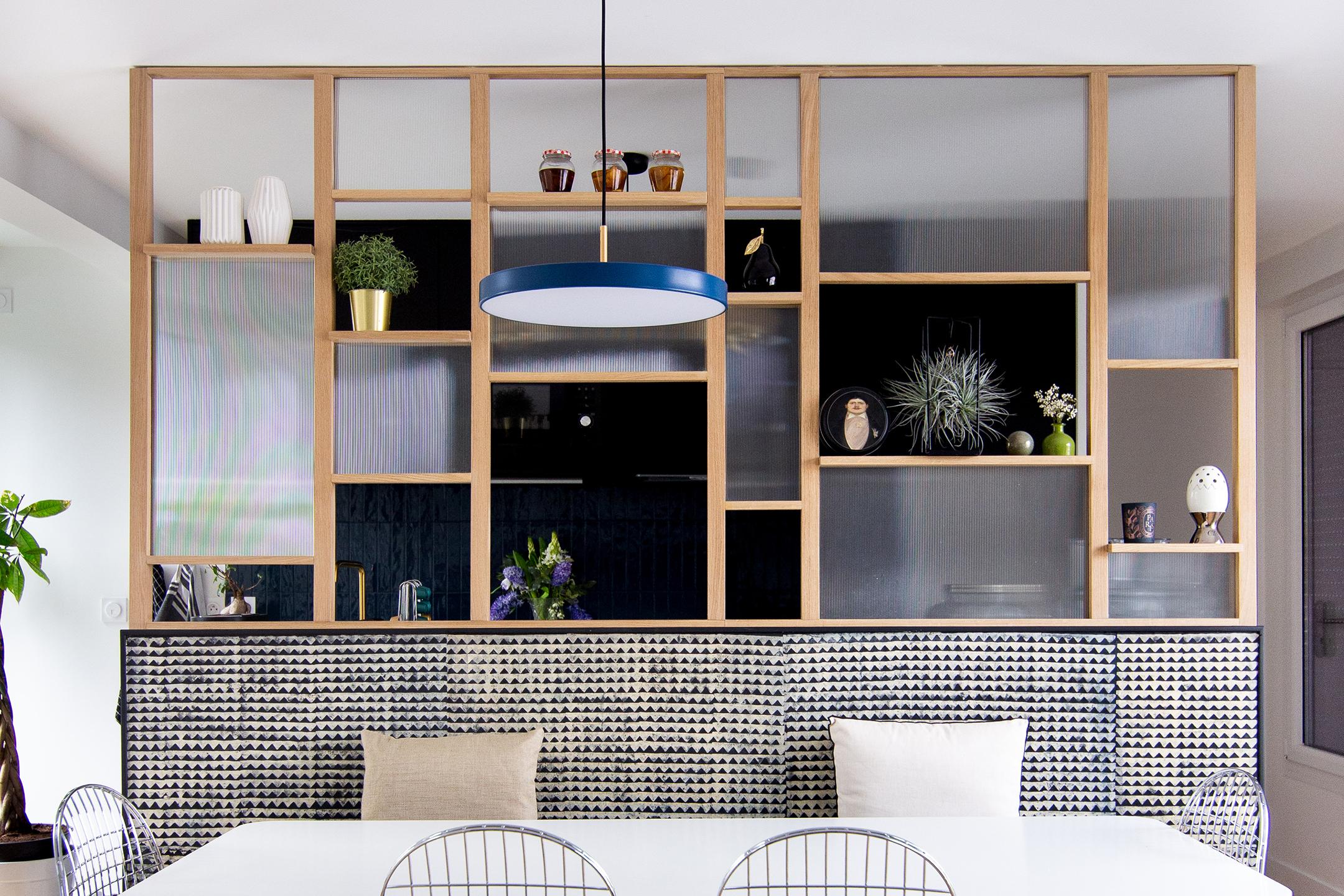 Banquette salle-à-manger et verrière bois - Architecte d'intérieur Studio Mariekke - Paris